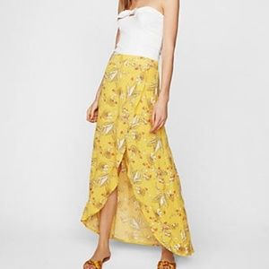 NWT Express Yellow Floral Faux Wrap skirt Medium